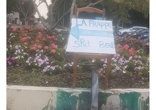 panneau indiquant les lieux de vente